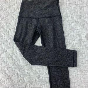 Gray Lululemon leggings 🖤